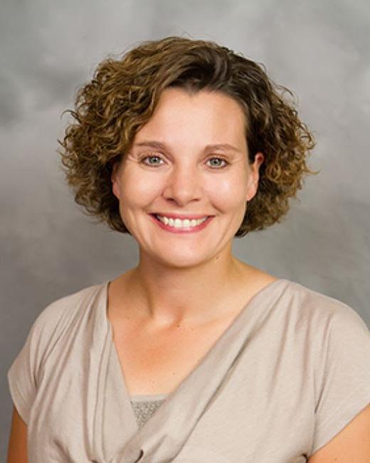 Stacy Heck headshot
